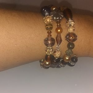 Brown memory wire bracelet with tiger's eye